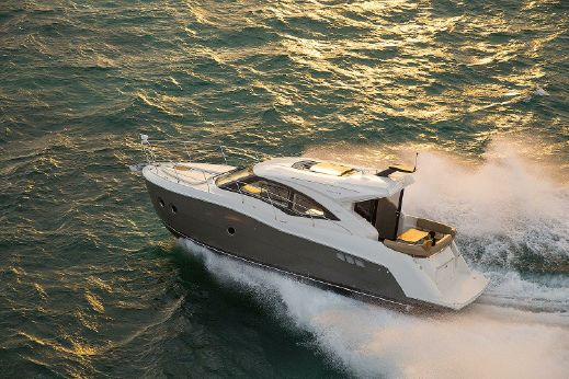 2016 Carver Yachts C 37
