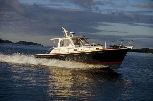 2005 Grand Banks 38 Eastbay HX