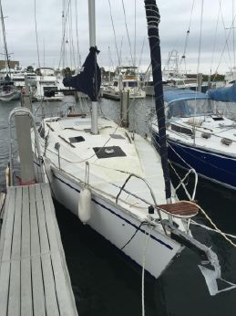 1992 Hunter 37.5 Legend