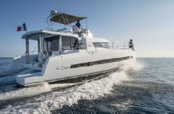 2019 Bali 4.3 Power Catamaran
