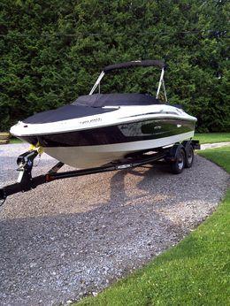 2009 Sea Ray 195 Sport