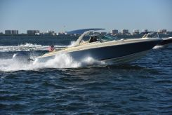 2019 Chris-Craft Launch 35 GT