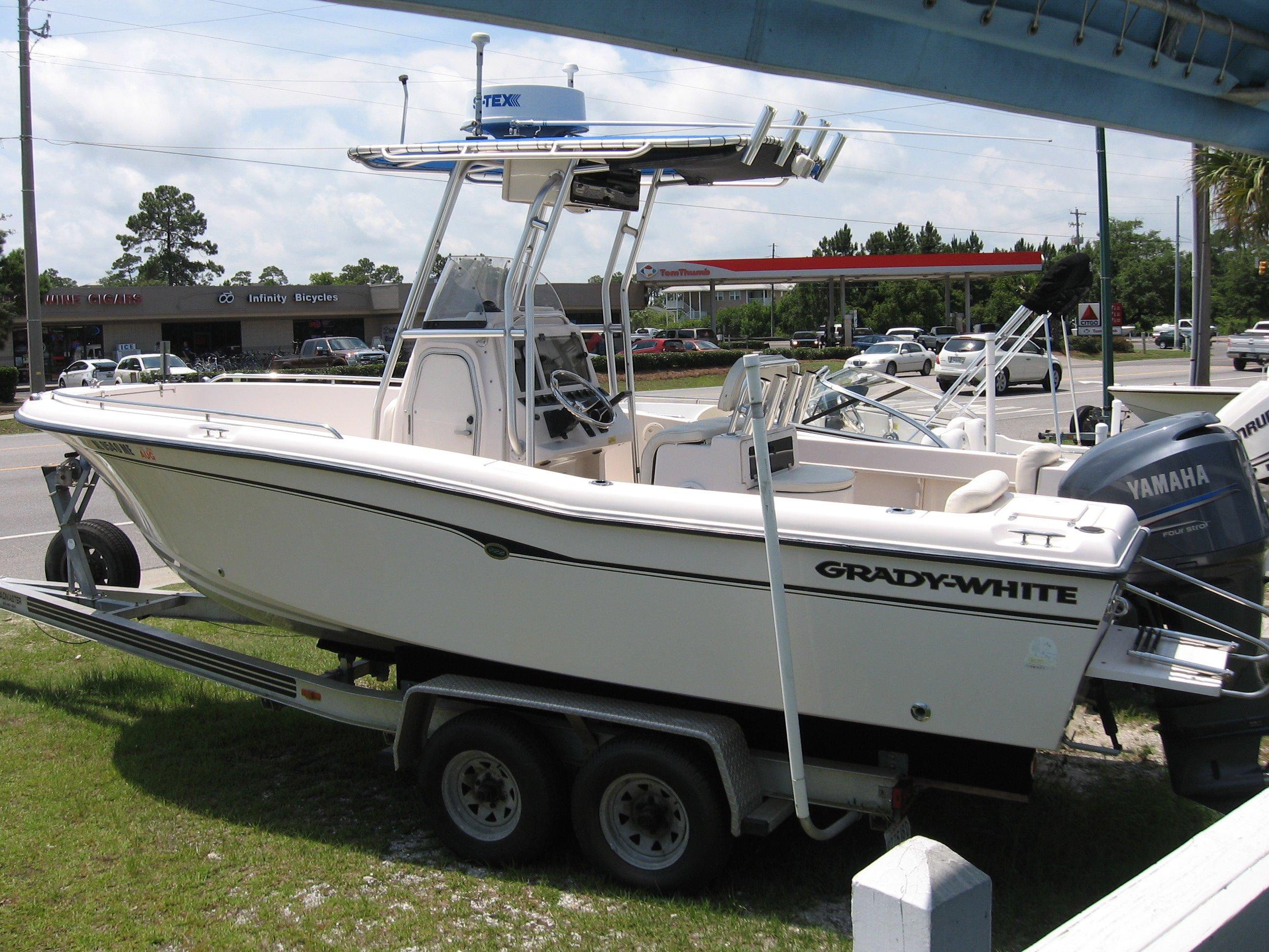 22 ft 2004 grady-white 225 fisherman