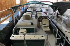 2011 Crest Classic Fishing 210 SF
