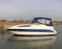 2004 Bayliner 275