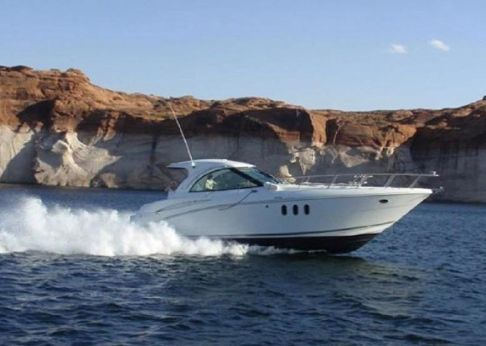 2009 Cruisers Yachts 390 Sport Coupe IPS