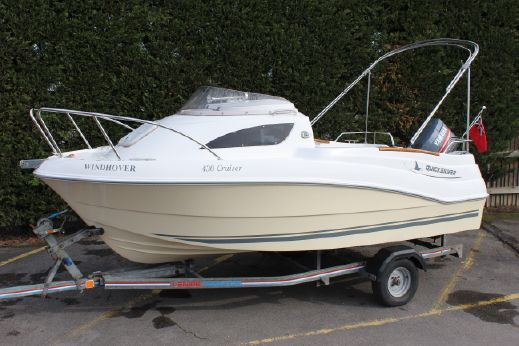 2009 Quicksilver 430 Cruiser