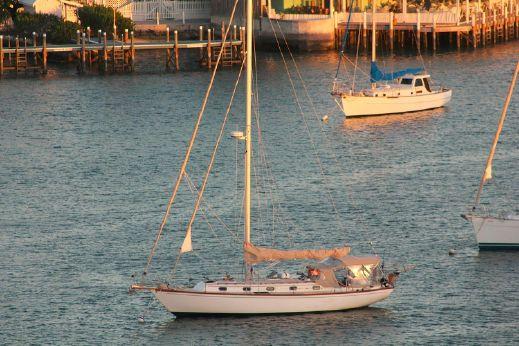 1986 Cape Dory 40 Cutter