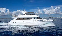 2000 Hatteras Sportdeck Motor Yacht