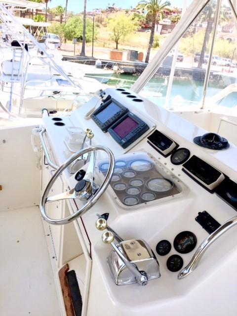 48' Ocean Yachts Super Sport+Photo 10