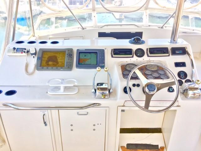 48' Ocean Yachts Super Sport+Photo 11