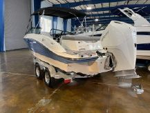2020 Sea Ray SPX 210 Outboard