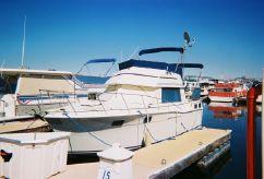 1983 Carver Yachts 3207 Crusader