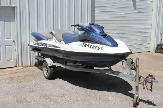 2003 Sea Doo LRV DI / Trailer / Floating Dock