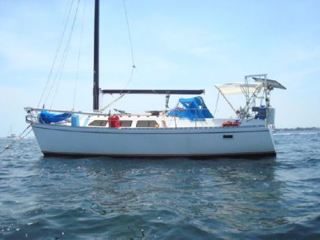 1984 Freedom Electric Motor Sloop