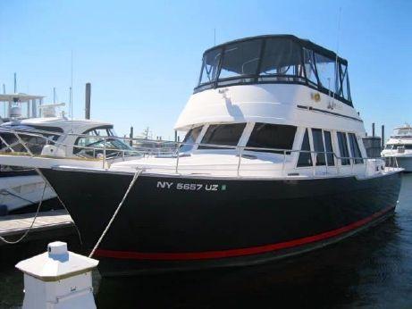 2004 Mainship 43 Trawler Aft Cabin