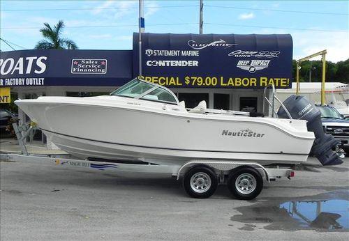 2015 Nautic Star 2000 XSDC