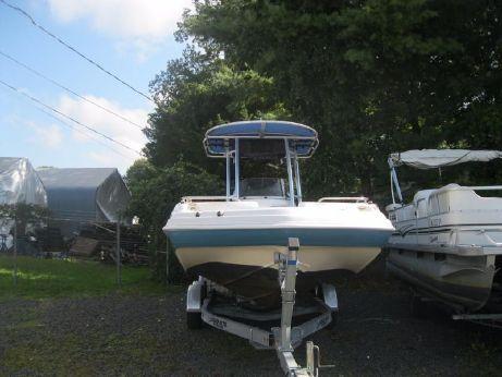 2006 Hurricane GS 231 CC Deckboat