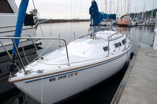 1985 Catalina 25 Standard Rig Sloop
