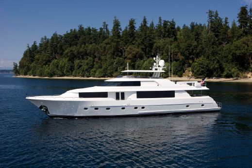 2011 Westport Raised Pilothouse