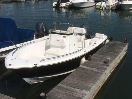 2012 Sea Hunt Triton 202