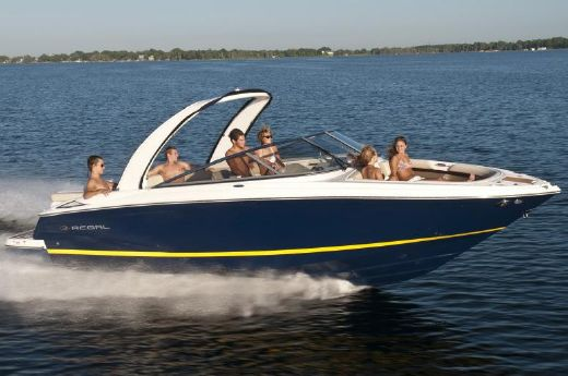 2013 Regal 2700 ES Bowrider