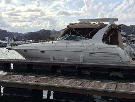 1995 Cruisers Yachts Esprit 3570
