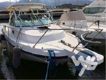 2004 Boston Whaler Conquest 275