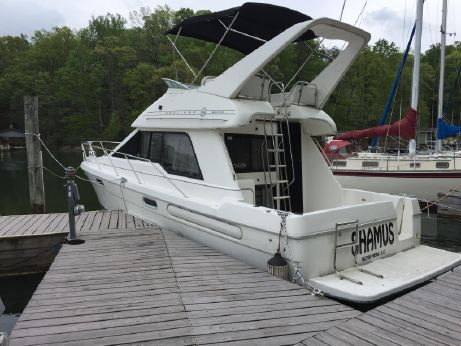 1996 Bayliner 3388 Command Bridge Motoryacht