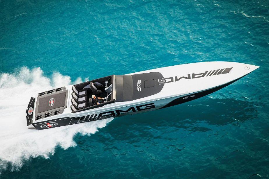 2019 Cigarette 515 Power Boat For Sale Www Yachtworld Com