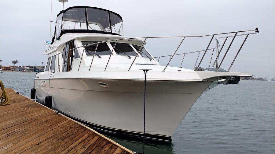 photo of 46' Navigator 4600