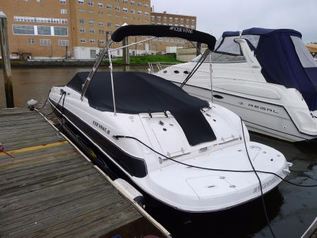 2005 Four Winns 234 Funship