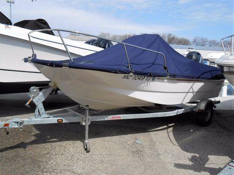 2011 Boston Whaler 170 Montauk