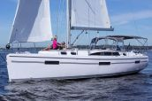 photo of 42' Catalina 425 In Stock
