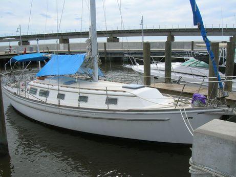 1977 Gulfstar 37 Sloop