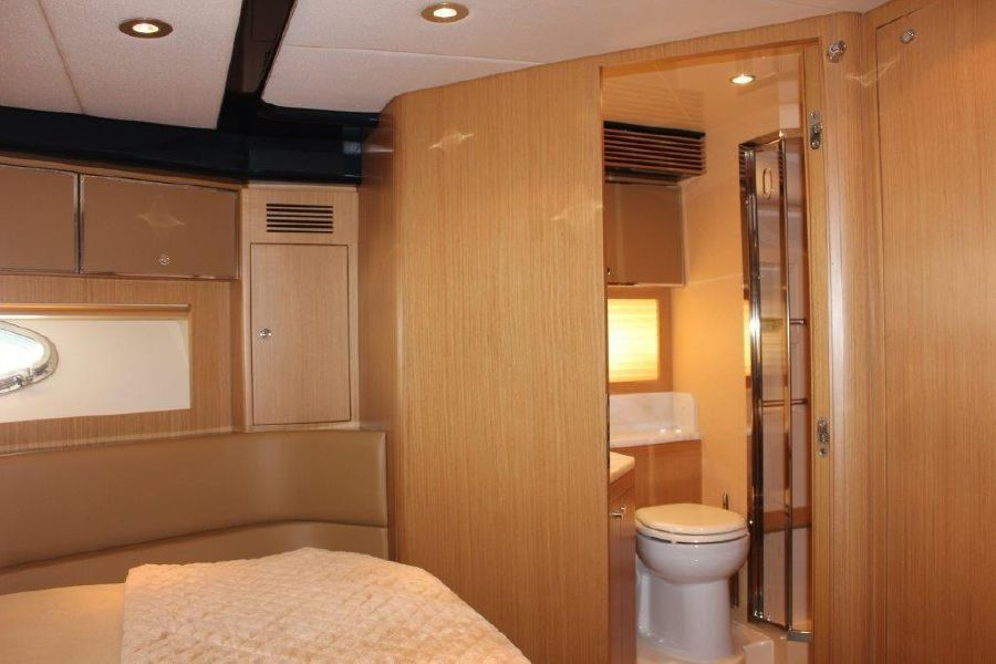 Riva Yachts 59 Mercurius Master Stateroom