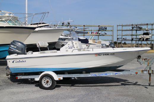 2002 Cobia 19 Bay Boat