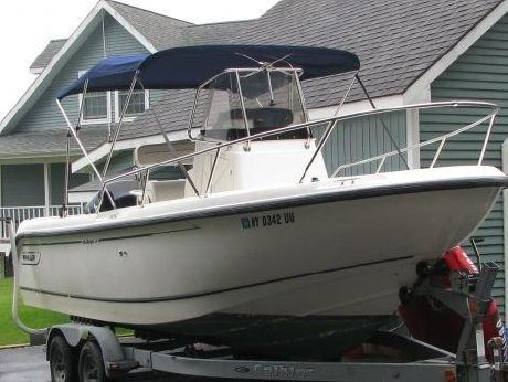 1996 Boston Whaler Outrage 20