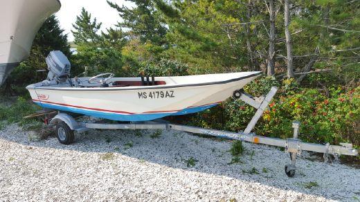 1986 Boston Whaler 13