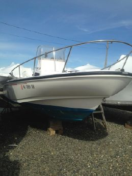 1996 Boston Whaler 19' Outrage CC