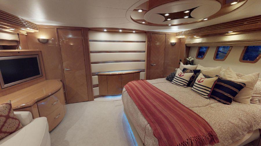 Marquis 690 Master Bedroom