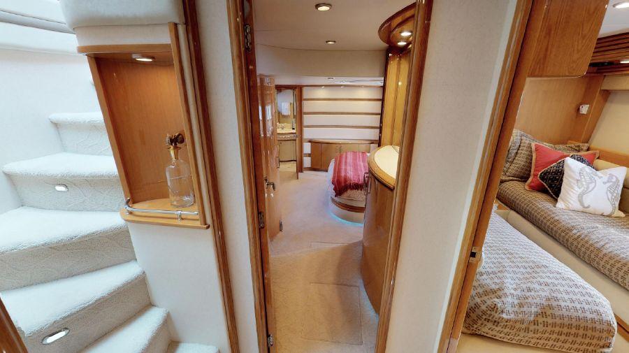 Marquis 690 Passageway