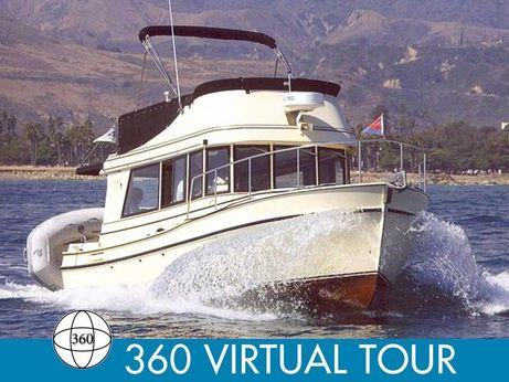 2004 Camano 31 Trawler