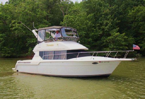 1996 Carver 320 Voyager