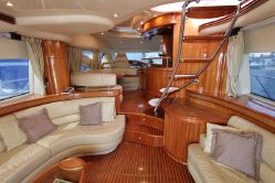 Pre-owned Azimut Yacht