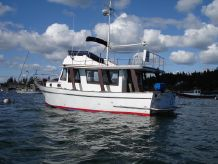 1975 Marine Trader Europa Trawler - Flying Bridge with Dual Controls