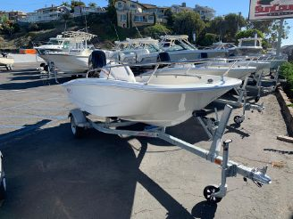 thumbnail photo 0: 2019 Boston Whaler 130 Super Sport