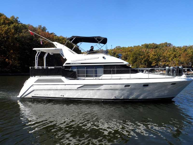 Lake Ozark (MO) United States  city photo : 1990 Bayliner 4387 Aft Cabin MY Power Boat For Sale www.yachtworld ...