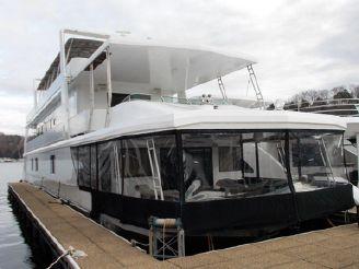thumbnail photo 0: 1996 Sumerset 20 x 104 Houseboat