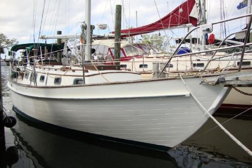 1984 Roughwater 33